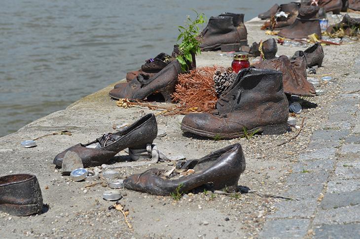 Пам'ятник євреям – Busfor.ua
