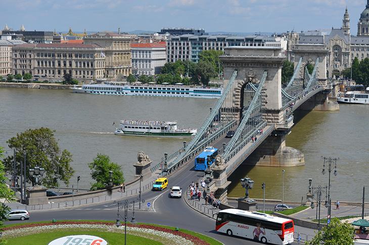 Міст Сечені – Busfor.ua