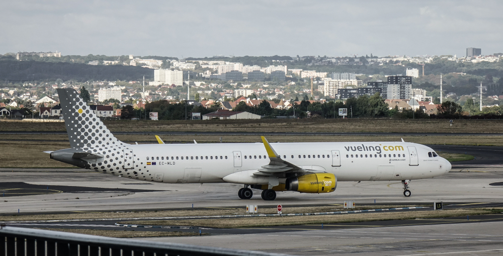 Orly airport runway
